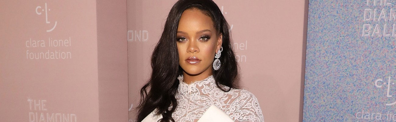 Rihanna has great advice to her younger self