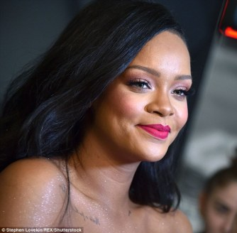 Rihanna at Fenty Beauty's anniversary party on September 14, 2018 face close-up