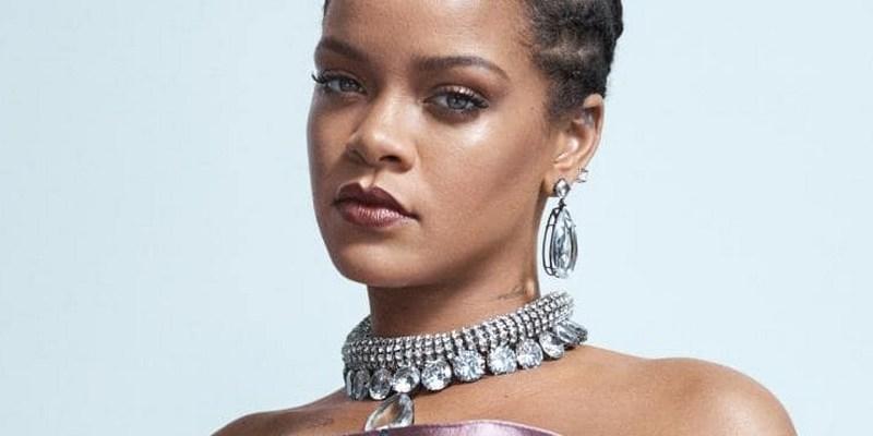Phenomenal Rihanna covers Vogue Australia