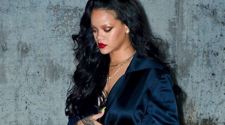 Rihanna dines out in New York
