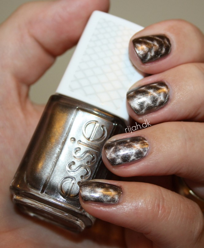 Essie Snake Rattle and Roll Magnetic
