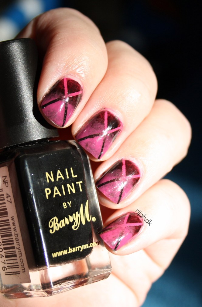 Reverse Gradient manicure