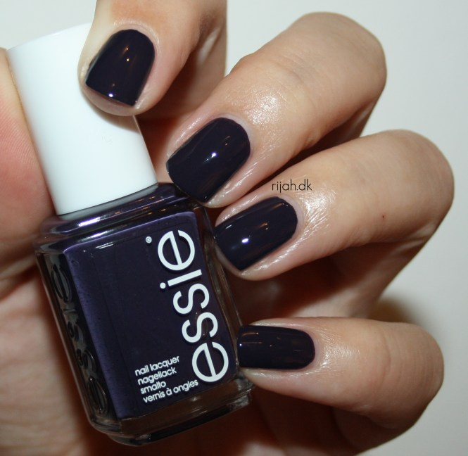 Essie Under the Twilight Essie Resort Collection 2014