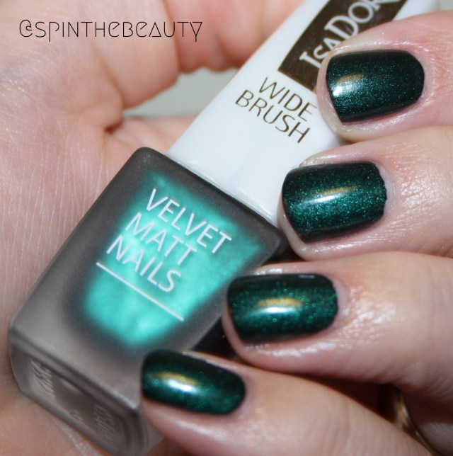 IsaDora Velvet Matt Nails Green Planet & Moody Blues IsaDora Green Planet