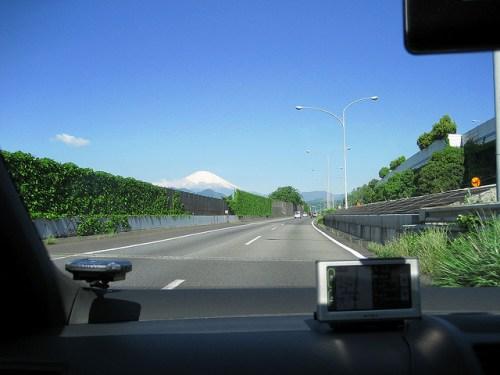 富士山と高速道路