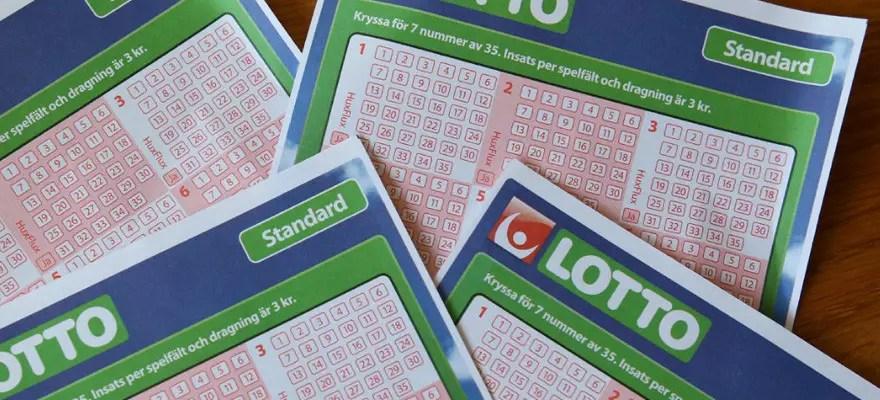 Försättsbild till artikeln: Vinna på Lotto eller välja en vinnarfond 7 år i rad? - Vad tror du är enklast?