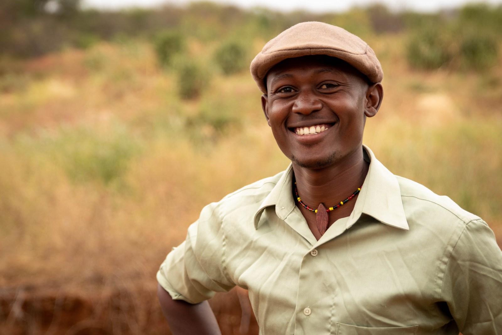 Bonden, Joseph Kimanzi, vars gård blivit delad i två