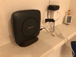 キッチカウンターにWi-Fiアクセスポイントを設置
