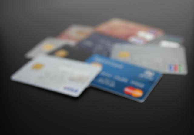 クレジットカードはたくさんの種類があって選ぶのが大変です