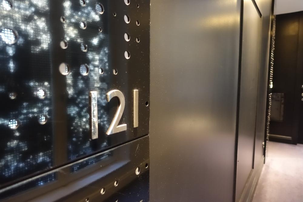 Wパリ 121号室