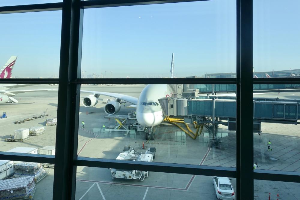 ドーハハマド国際空港からQR39便でパリへ