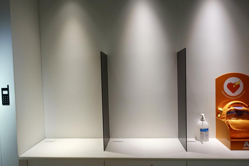羽田空港第1ターミナルパワーラウンジSouth通話ブース