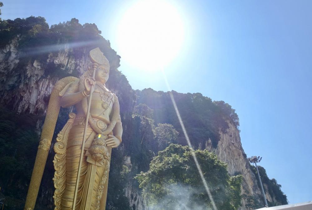 バトゥ洞窟のスカンダ神