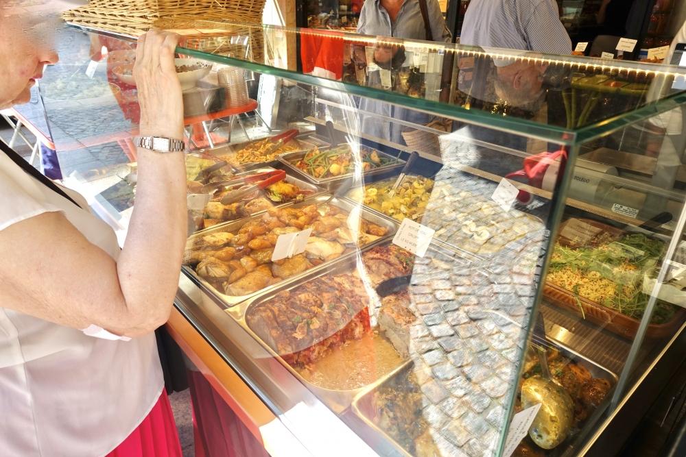 パリの美味しいお惣菜店DAVOLI