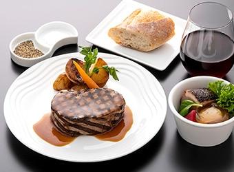 ANAハワイ線A380のビジネスクラス機内食