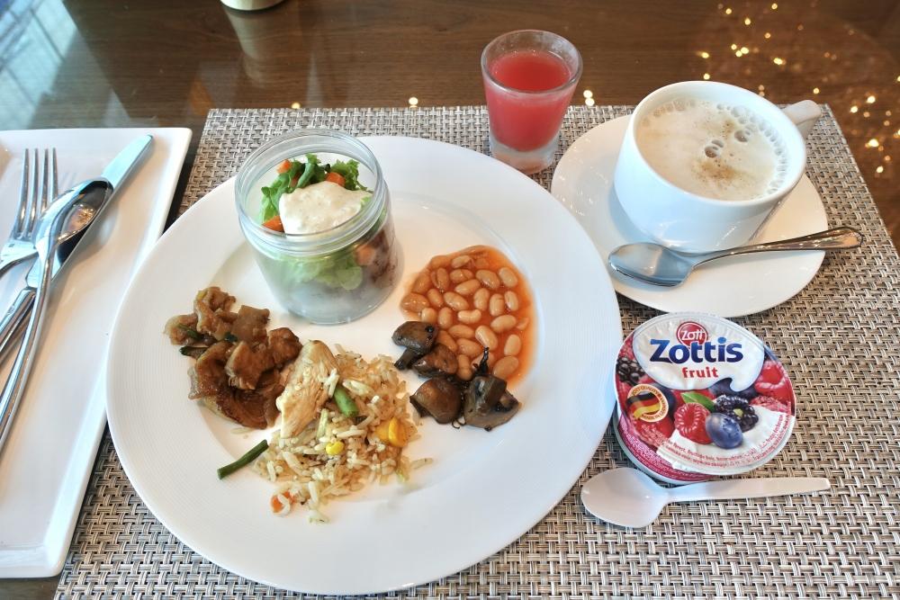 ル・メリディアンクアラルンプールクラブラウンジ朝食をいただきました