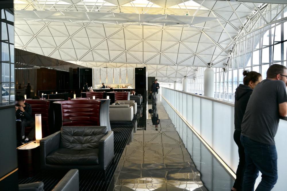 香港国際空港キャセイパシフィック航空ザ・ウィングファーストクラスラウンジのインテリア
