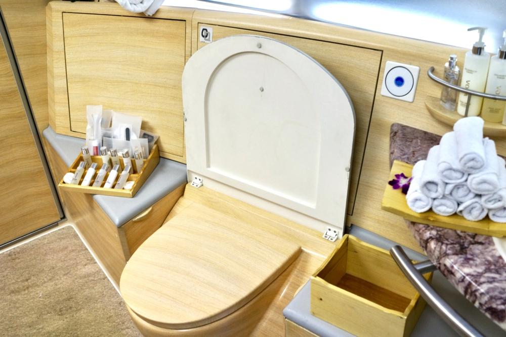 エミレーツ航空A380ファーストクラスシャワールーム