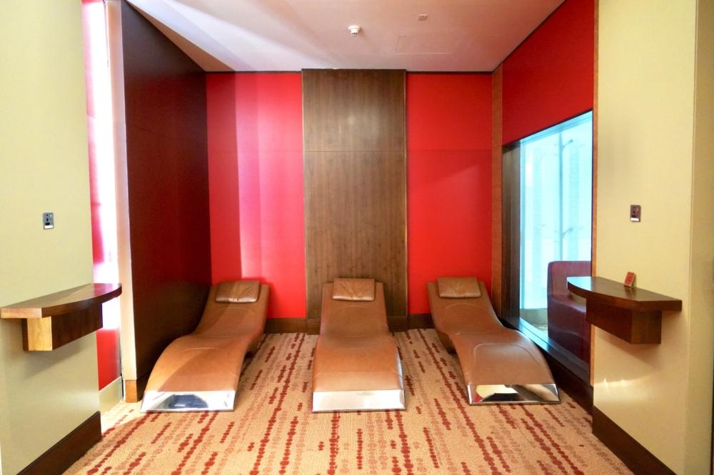 ドバイ国際空港・エミレーツ航空ファーストクラスラウンジ・仮眠室