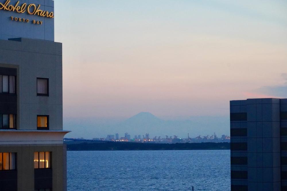 シェラトン・グランデ・トーキョーベイ・ホテル/パークウィング客室からは富士山も