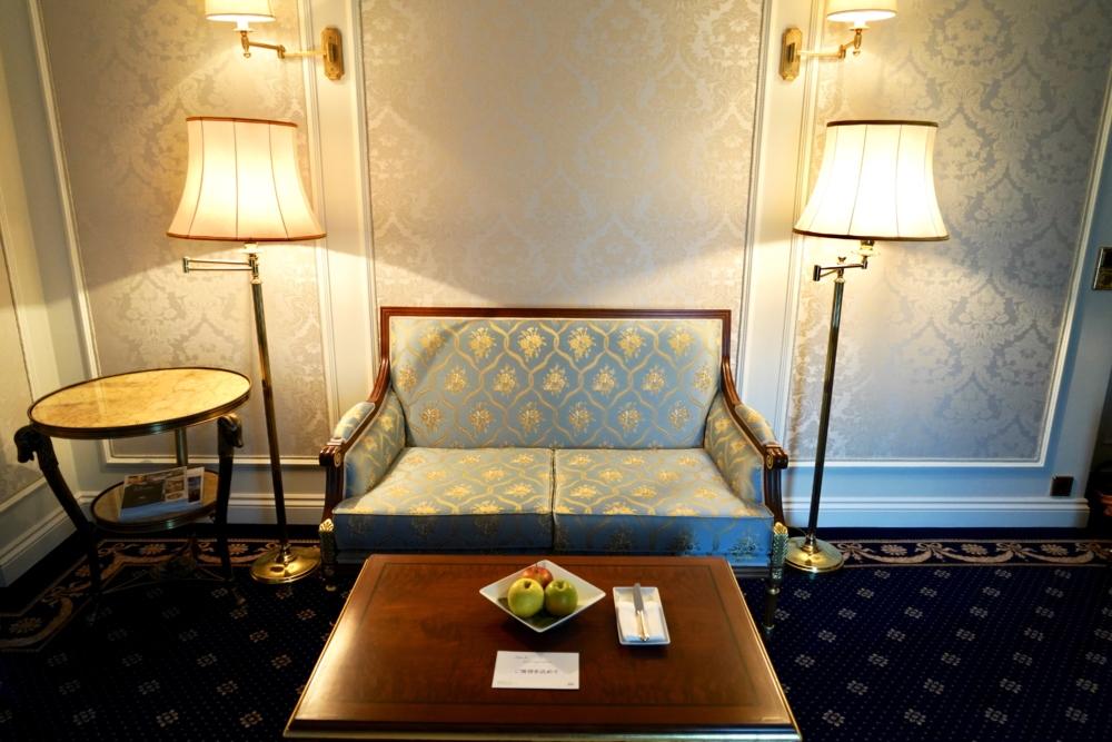ホテルインペリアルウィーン・エグゼクティブジュニアスイート・リビングルーム・応接セット