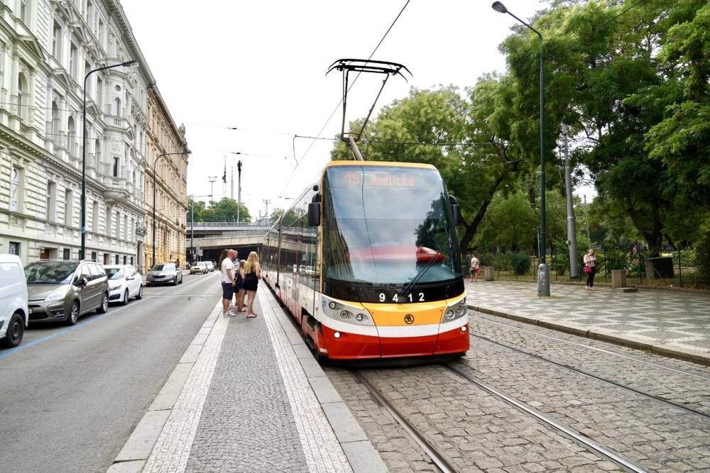 トラム乗り場Hlavní nádraží