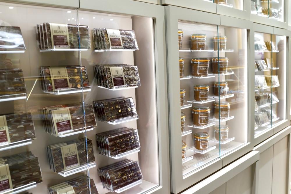 ベルナシオン パリ店のチョコレートバー