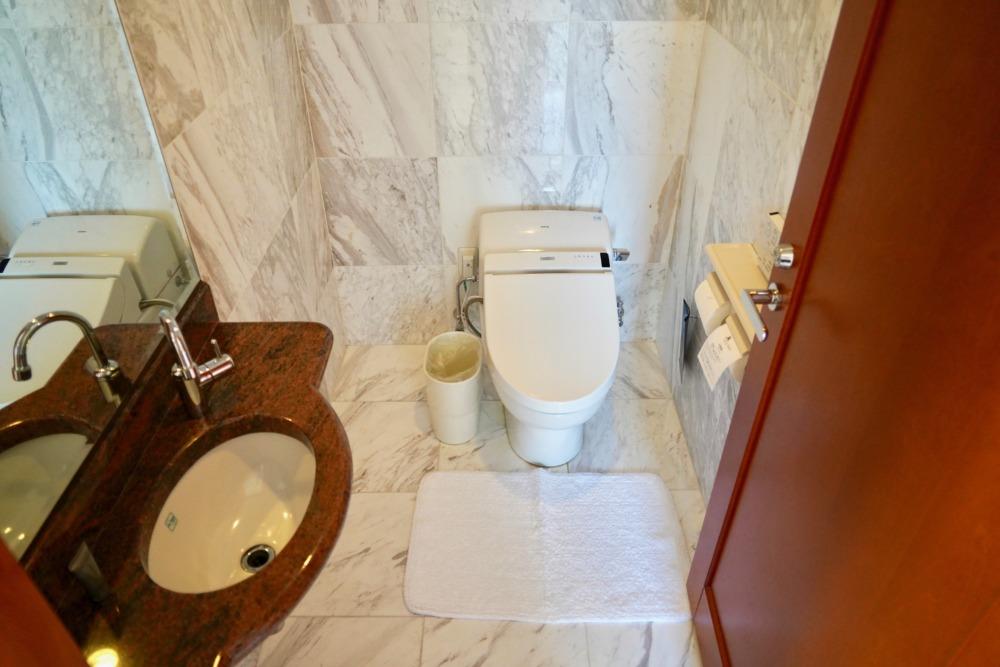 オキナワマリオットリゾートアンドスパ・ファミリールーム・トイレ