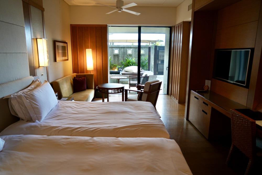 リッツカールトン沖縄・カバナ・ベッドルーム
