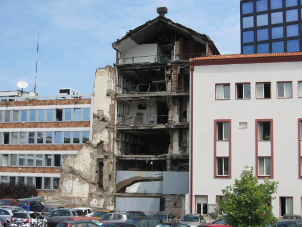 Mindesmærke for NATO-bombningerne i Beograd i 1999