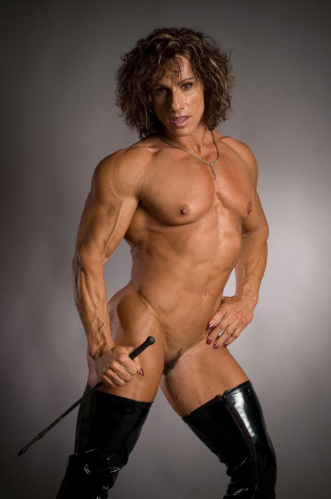 I worship Annie Rivieccio's muscles!