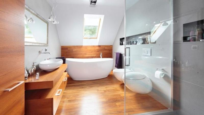 Wooden Floor In 20 Natural Bathroom Designs