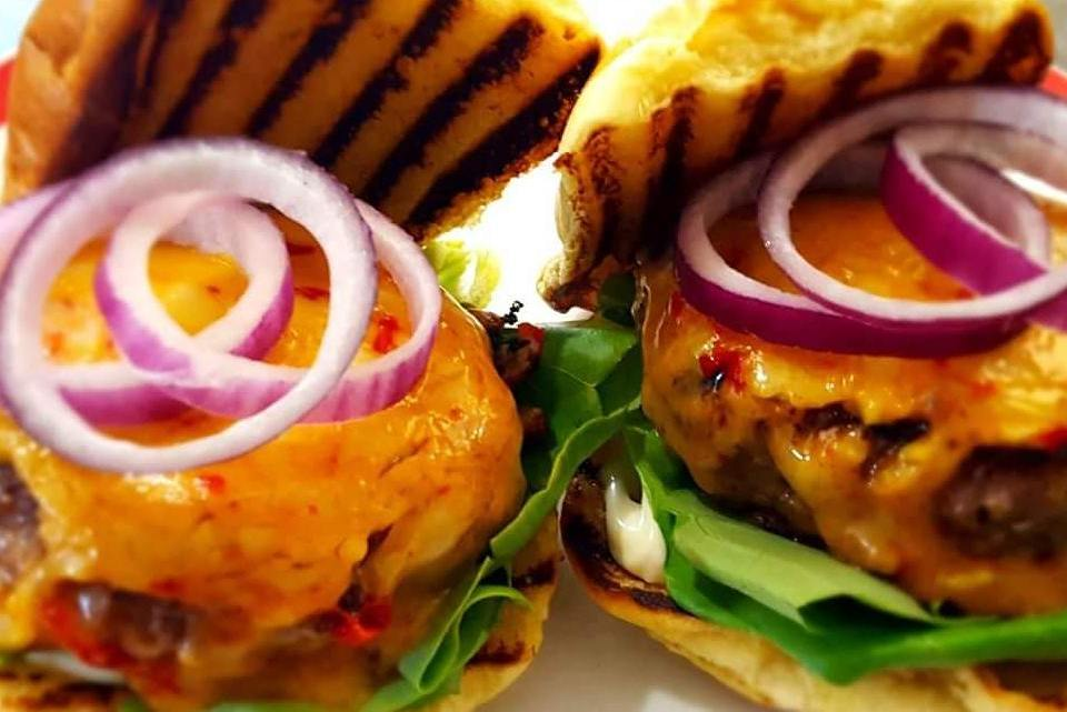 Chilli Cheddar Steak Burger