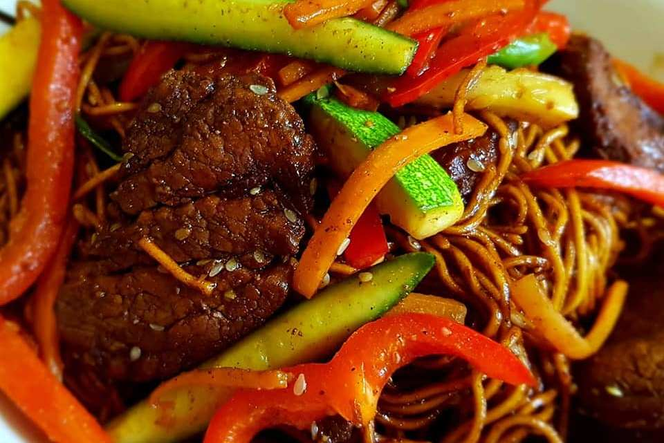 Chinese Pork Fillet with Noodles