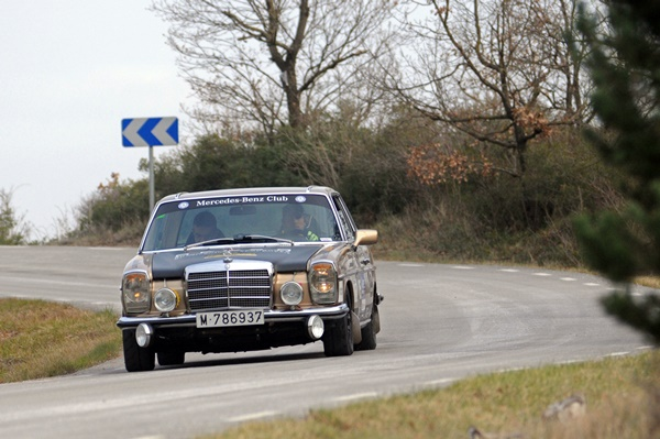 Giralt-Domingo Mercedes-Benz 250 CE rallye costa brava 2