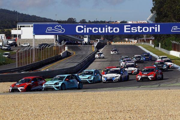 TCR 2016 Estoril salida 2