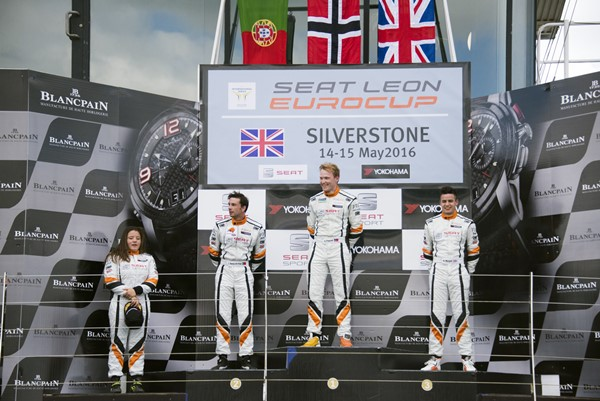seat leon silverstone podium 2