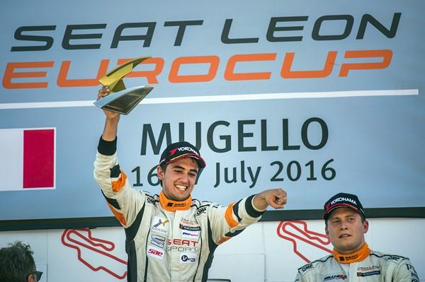 podio azcona mugello seat leon supercup