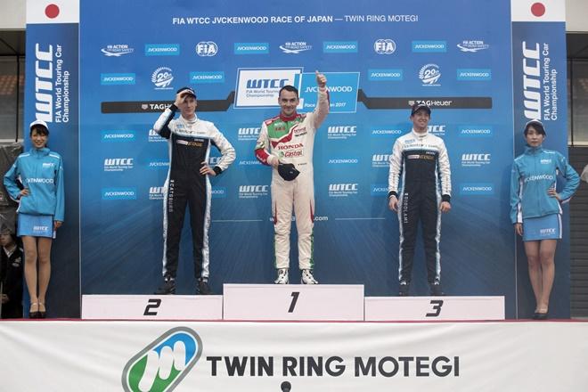 mitchelitz podio wtcc japon