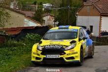 Paso de gigante para Óscar Palacio en el Rallye La Felguera