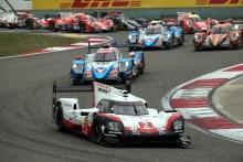 Porsche gana los dos títulos del Mundial de Resistencia tras una dura lucha en Shanghái