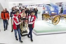 ► WEC: El trofeo Le Mans llega al Museo Porsche