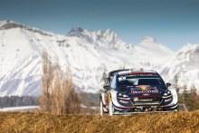 Ford y Ogier a defender el liderato del Mundial de Rallyes en Suecia este fin de semana