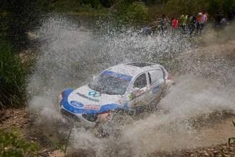 Rubén Gracia y el Ford Ranger recuperan la senda de la victoria en Jaén