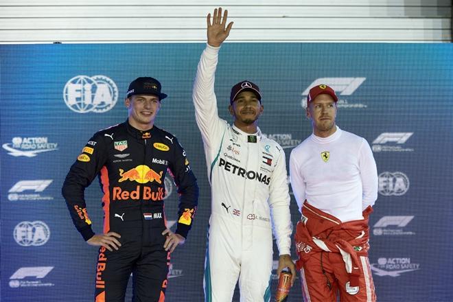 f1 podio parrilla singapur verstappen hamilton vettel 1509