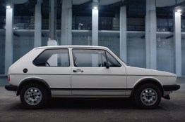 vw golf gti 1976 lateral
