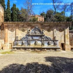 PILAR DE CARLOS V Realizada en 1545 por el italiano Nicolao da Corte