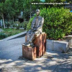 MONUMENTO A MANUEL DE FALLA Escultura realizada por Ramiro Megías