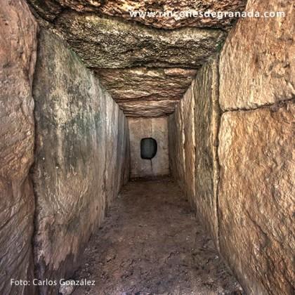 DOLMEN DE LOS BERMEJALES - Necrópolis megalítica del Pantano de los Bermejales