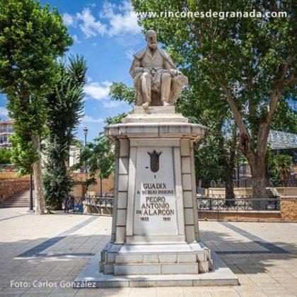 MONUMENTO A PEDRO ANTONIO DE ALARCÓN 2